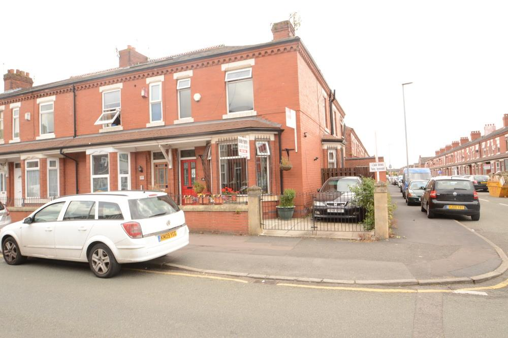 4 Bedrooms End Of Terrace House for sale in Great Western Street, Manchester
